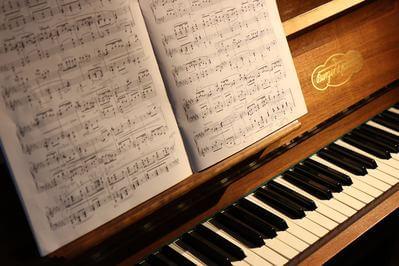 ピアノ 音楽