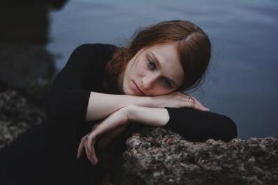 孤独 女性