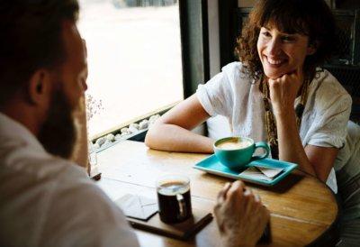 女性 夫婦 お茶