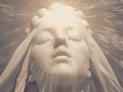 潜在意識と顕在意識の違いとは
